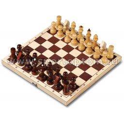 Шахматы деревянные Лакированные с доской  29*29 см